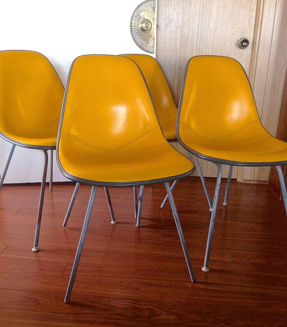 Four Herman Miller Chairs Alexander Girard Black Fiberglass Yellow Naugahyde Local Pick Up Or Shipping Service Arranged B Shell Chair Chair Herman Miller Chair