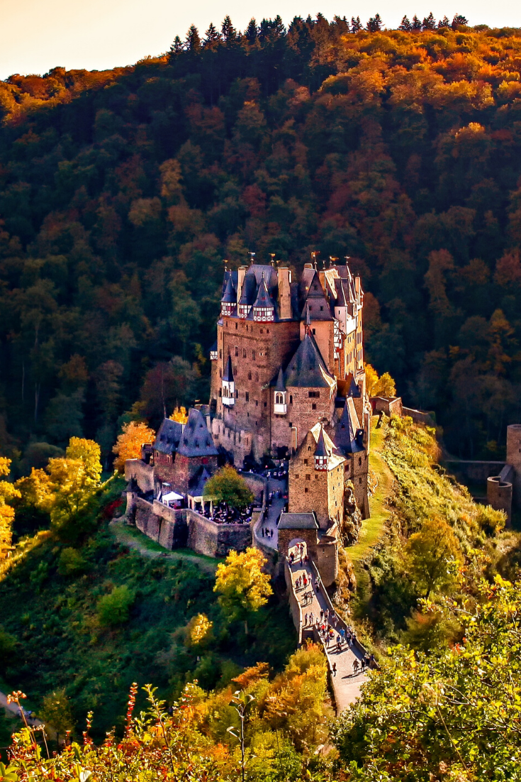 Burg Eltz A Fairytale Day Trip From Cologne In 2020 Germany Photography Germany Castles Castle