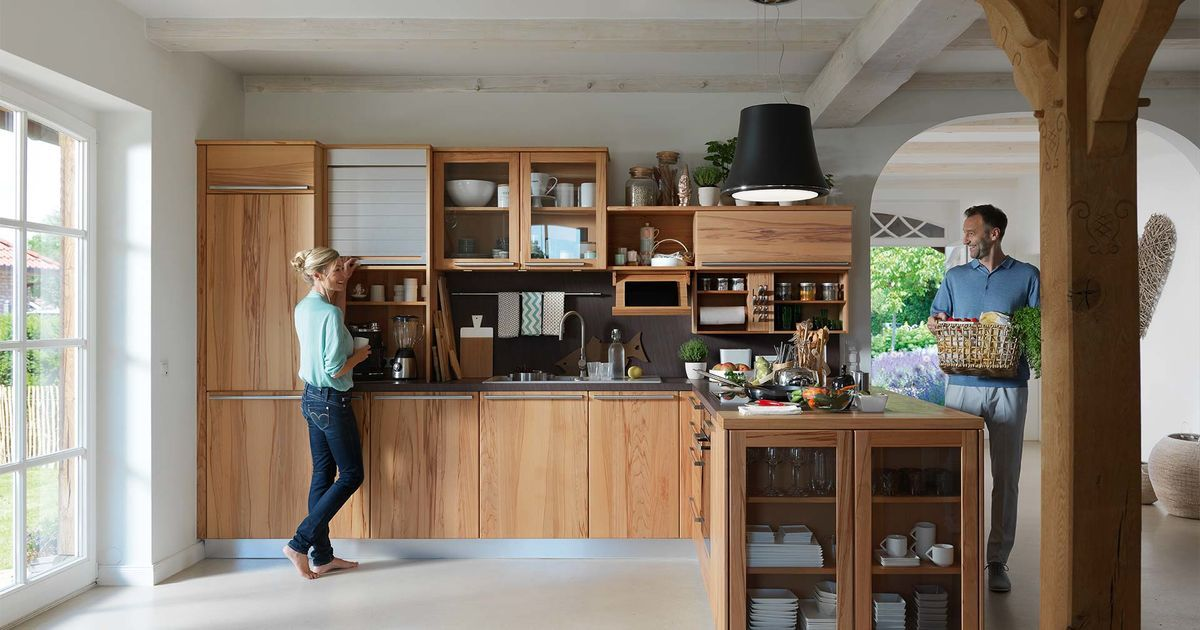 The rondo country cottage kitchen by TEAM 7 with charming
