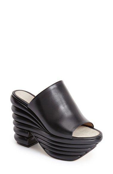 Chaussures - Mules Ferragamo LuycuY