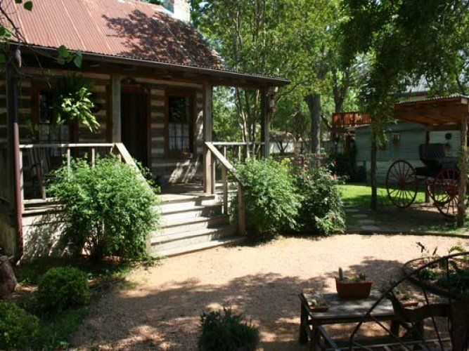 Baines House   Jennyu0027s Cabin Fredericksburg, TX