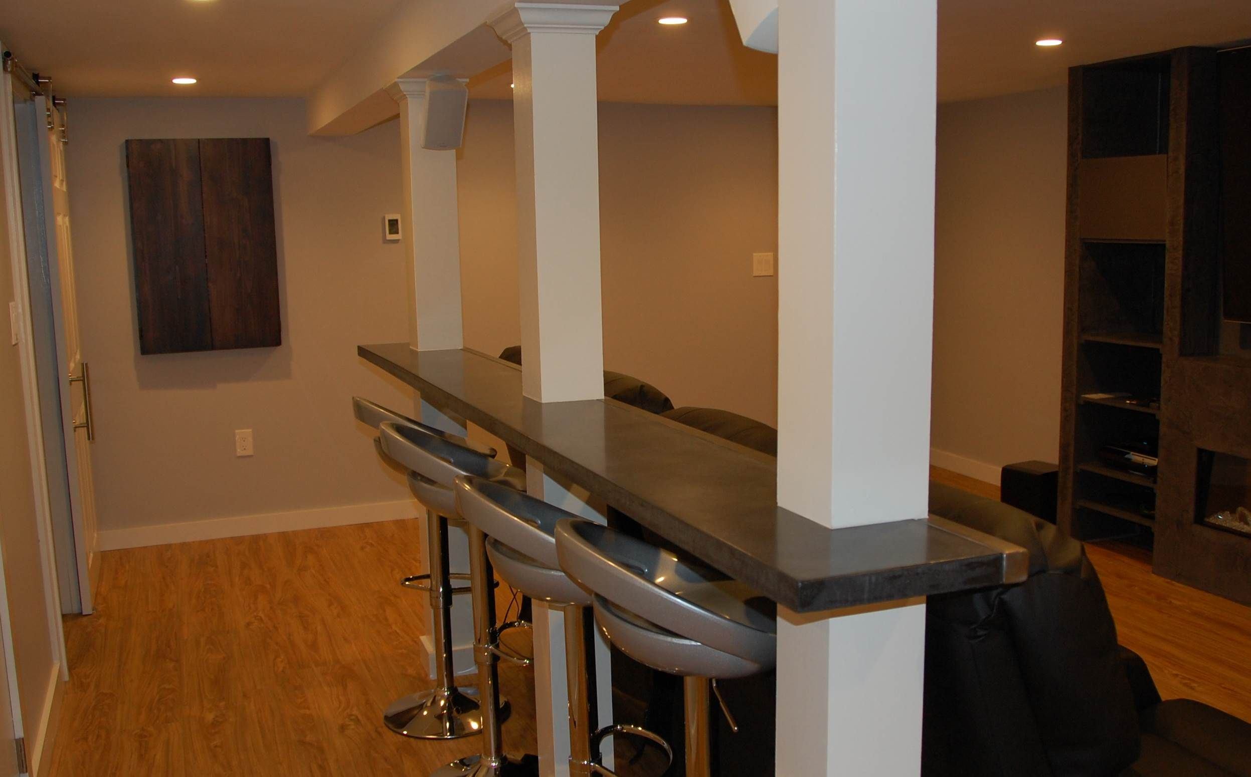 Image Result For Basement Bar Between Columns Finishing Basement Basement Bar Designs Basement Design