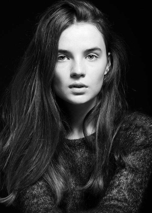 Aline Galmore