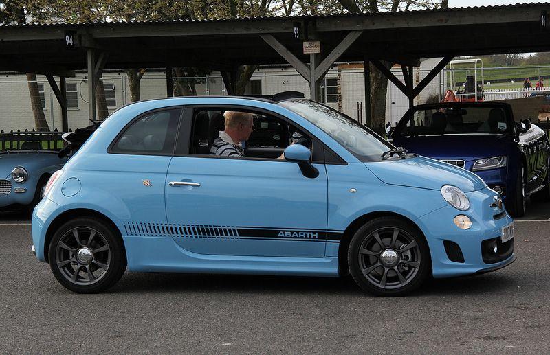 Fiat 500 Abarth Autos