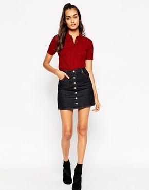 85ab7a6b9b2dd3 ASOS - Dolly - Minijupe trapèze boutonnée en jean à surpiqûres ...
