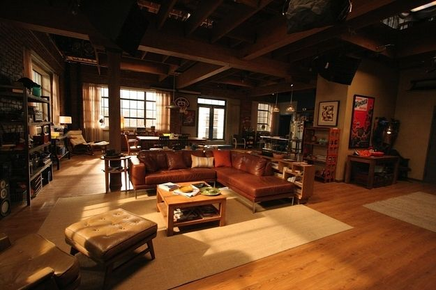 Jess, Nick, Schmidt, and Winston's loft from New Girl. | Community Post: 18 TV Apartments And Houses You Wish You Lived In