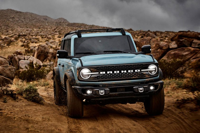2021 Ford Bronco Revealed It S Everything We Hoped For Carbuzz In 2020 Ford Bronco Bronco Bronco Sports