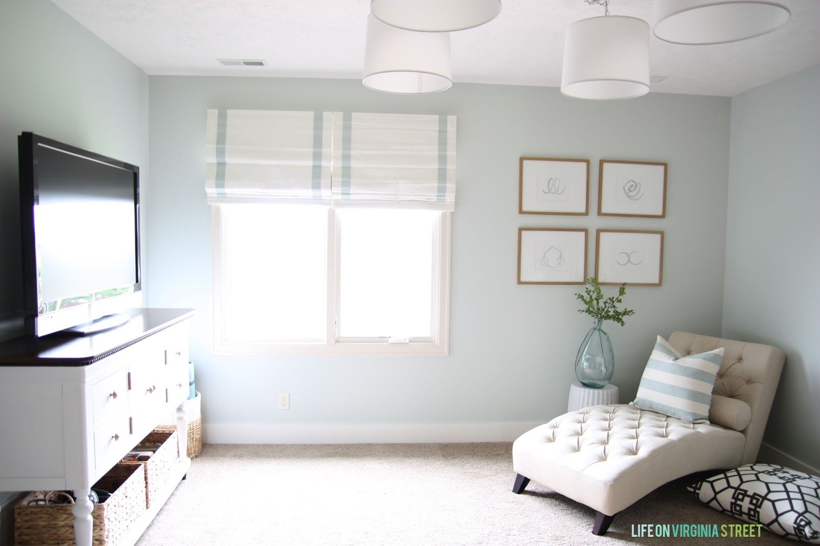 A Year of Change: Craft Room Makeover #craftroommakeovers