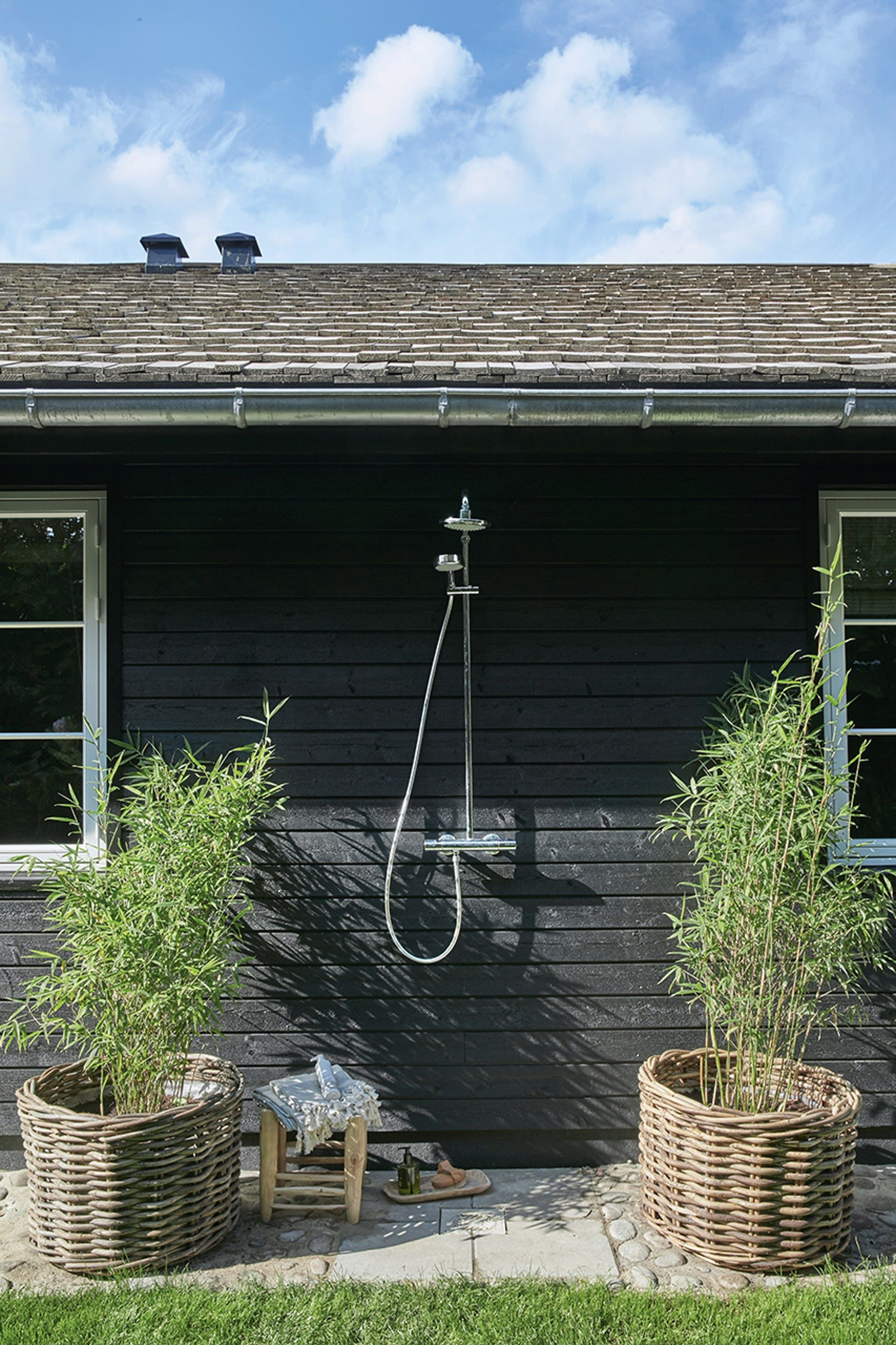 Pin on Outdoor Shower on Bade Outdoor Living id=13174