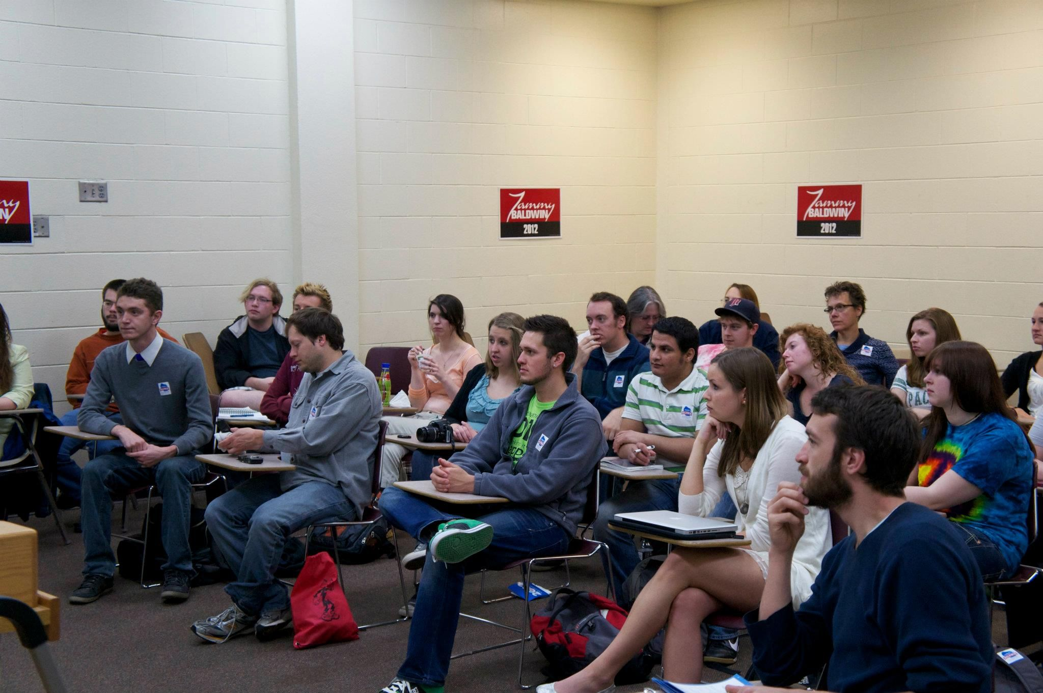 Tammy speaks with UW-Eau Claire students