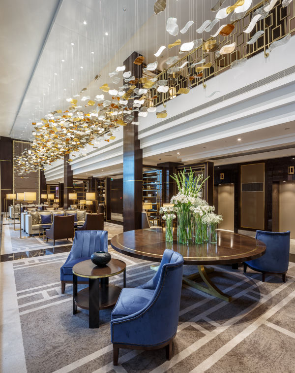 Hilton hotel budapest gold winner 2015 london design for Design hotel awards