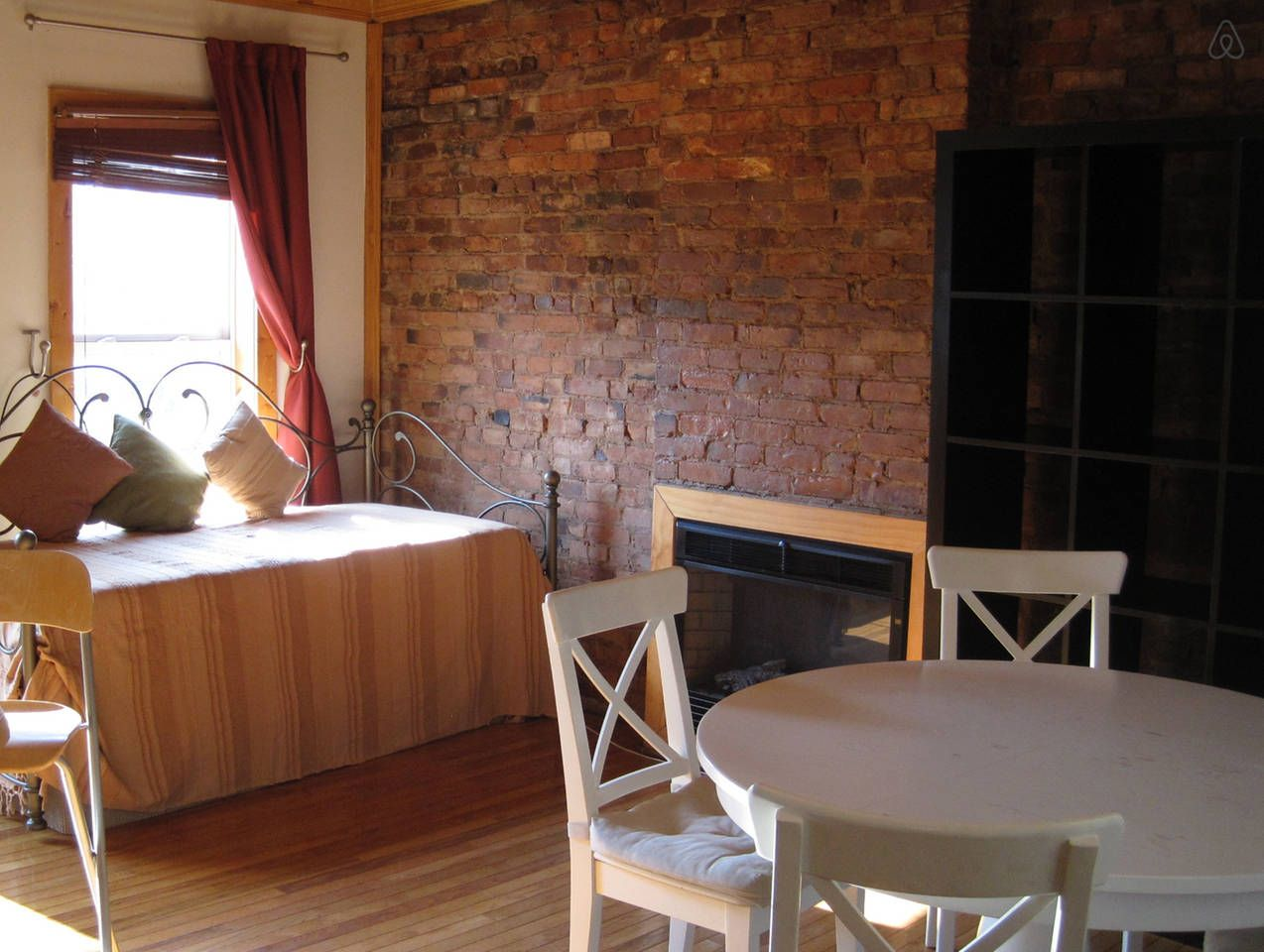 Loft-style renovated--entire floor! - vacation rental in ...