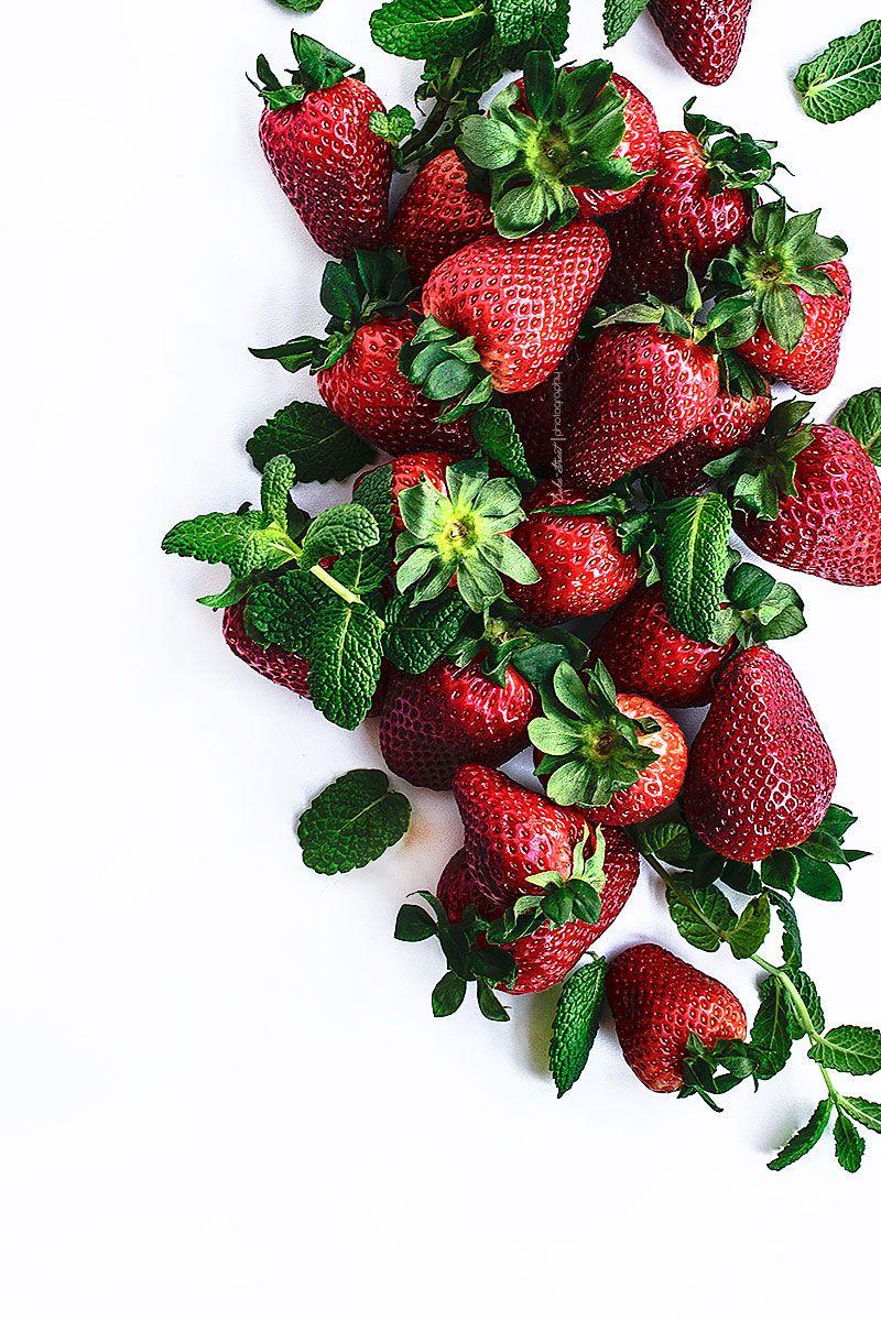 Tarta De Fresa Hierbabuena Y Pimienta Rosa Bake Street Com Recipe Strawberry Stuffed Peppers Frozen Fruit