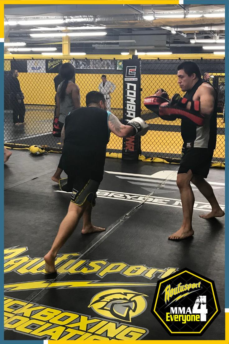 Milwaukee Jiu Jitsu Grappling Classes In 2020 Jiu Jitsu Gym Mixed Martial Arts Muay Thai Training