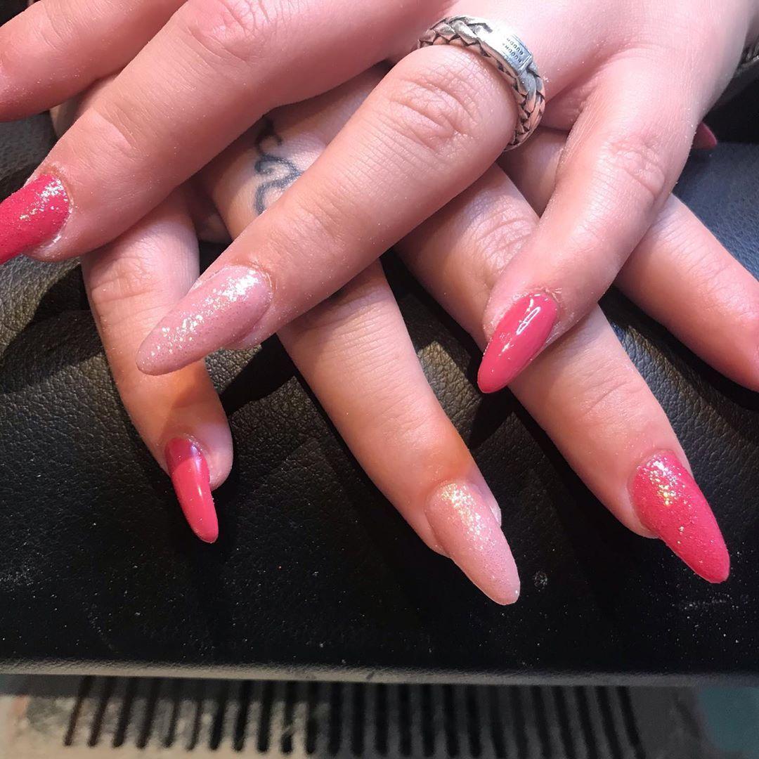 Acrylicnails Acrylic Nails Nails2inspire Glitter Nagelstudio Nagelstylist In 2020 Acrylic Nails Nails Nail Art