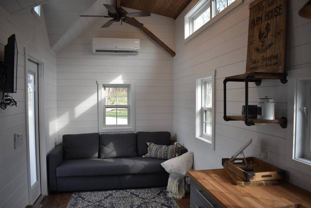 Farmhouse Tiny Home On Tiny Estates 14 Acres Guesthouses