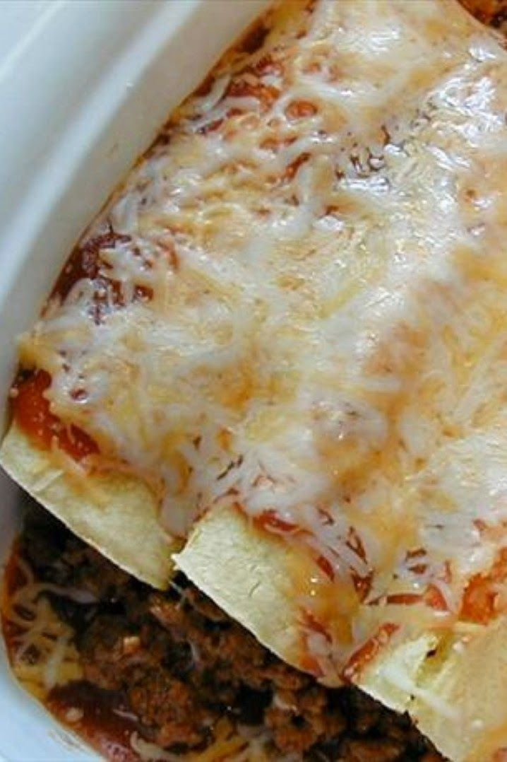 Easy Enchiladas (Beef or Chicken) | These easy enchiladas are my husbands favorite recipe of mine