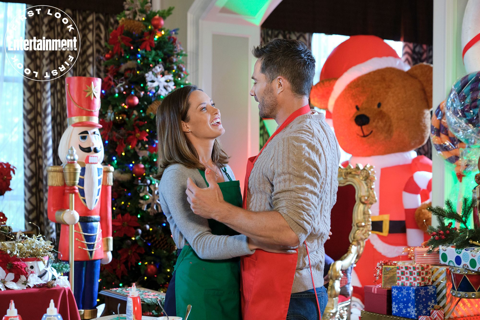 See Exclusive Photos From 9 New Hallmark Christmas Movies In 2020 Hallmark Christmas Movies New Hallmark Christmas Movies Christmas Movies