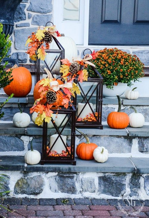 OUTDOOR FALL DECORATING WITH LANTERNS AND A GIVEAWAY Front porches - halloween fall decorating ideas