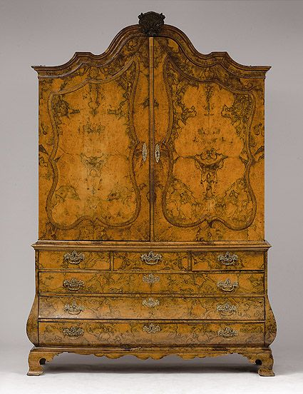 Superb Möbel · Dutch Top Cupboard   18th Century. | AUKTIONSHAUS MICHAEL ZELLER