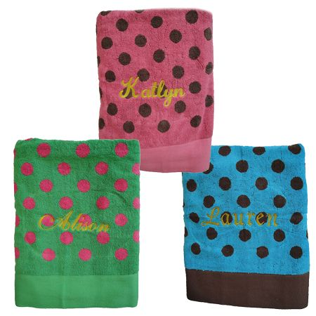 Personalized Polka Dot Beach Towel Cute for the kids!! Mom I wish I'd seen these before! Love them!