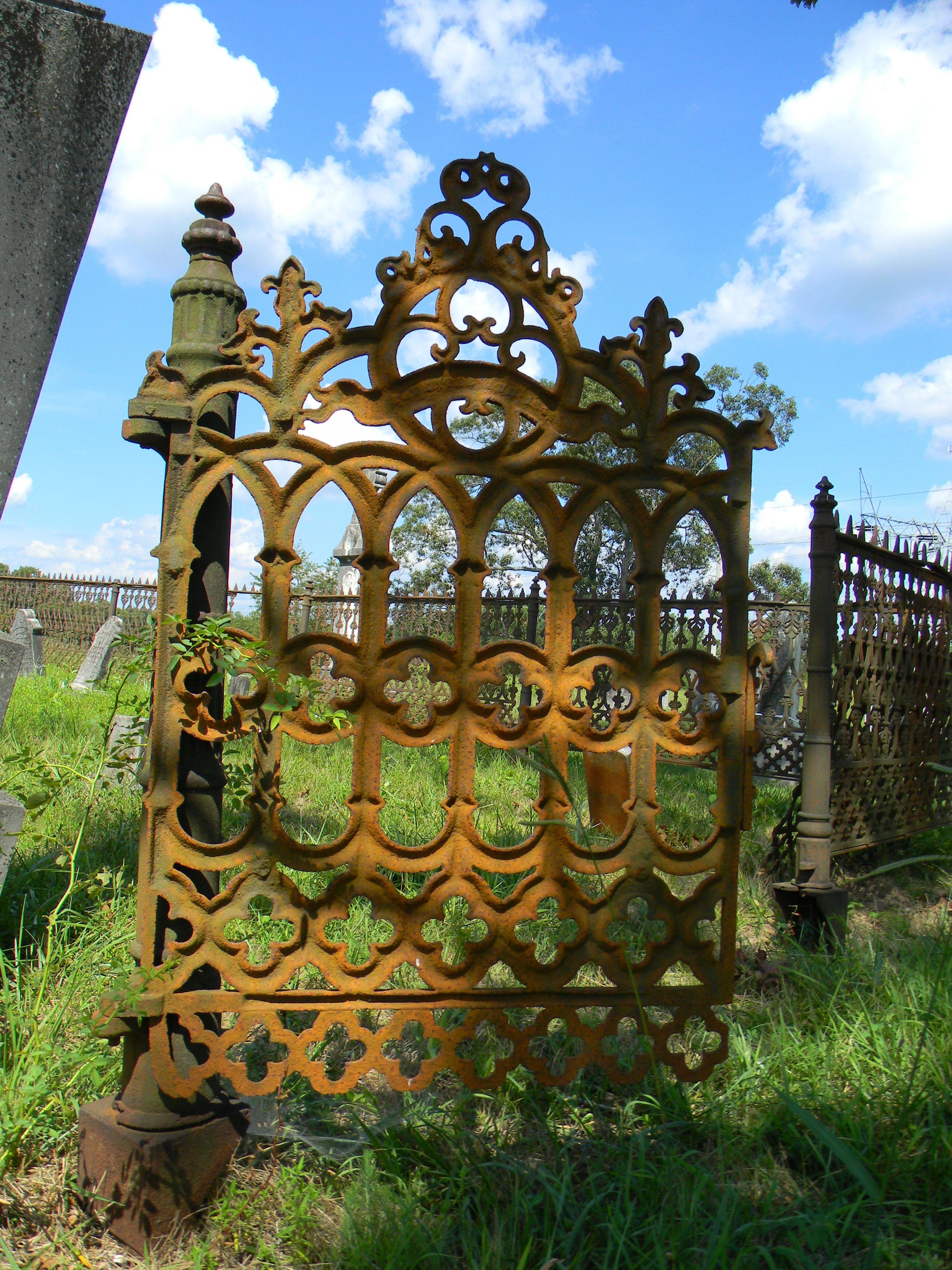 Love It Gothic Cast Iron Gate Old Gates Cast Iron Gates