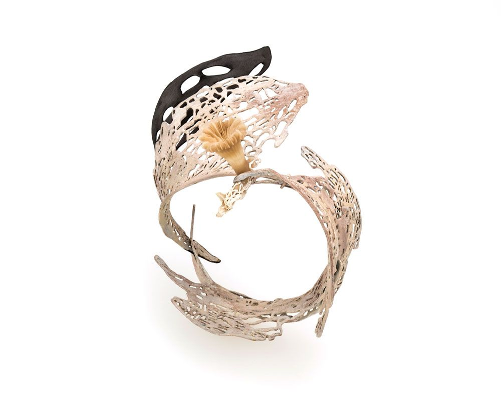 Maria Tsimpiskaki,Bracelet: sterling silver, bronze, pigment, pvc, sea anemones findings  © By the author. Read Klimt02.net Copyright.