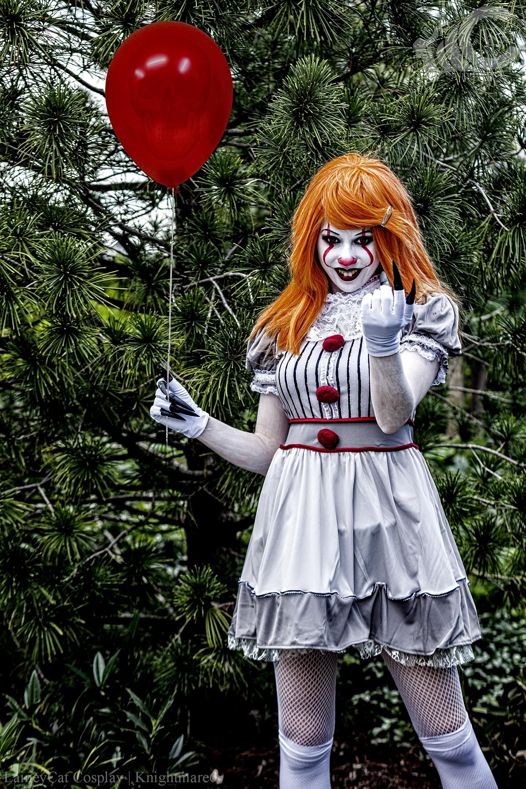 Pennywise Cosplay Female