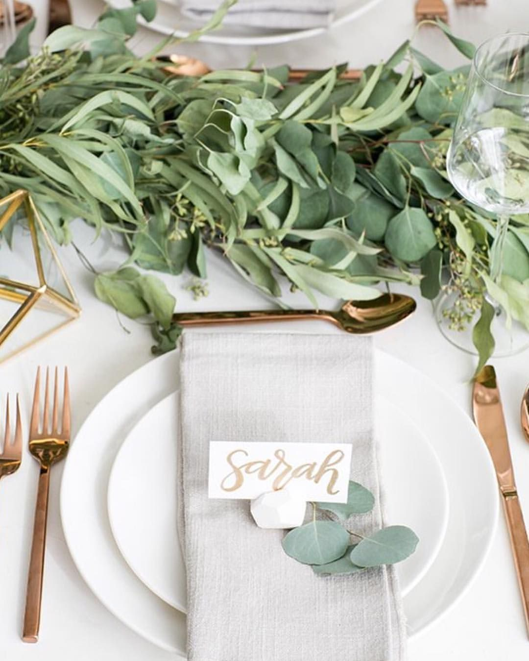 Rom rosemaryentwined place cards to rustic birdcages mixed in with