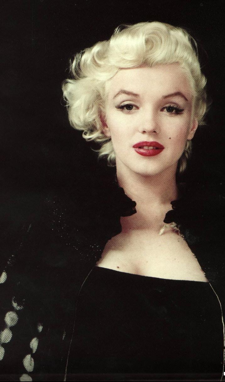 "Marilyn Monroe Living Room Decor: Marilyn Monroe- ""I'm Selfish, Impatient And A Little"