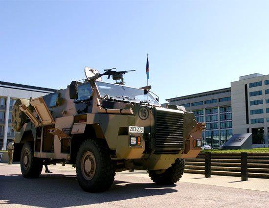 Australian. Bushmaster S.A.S.