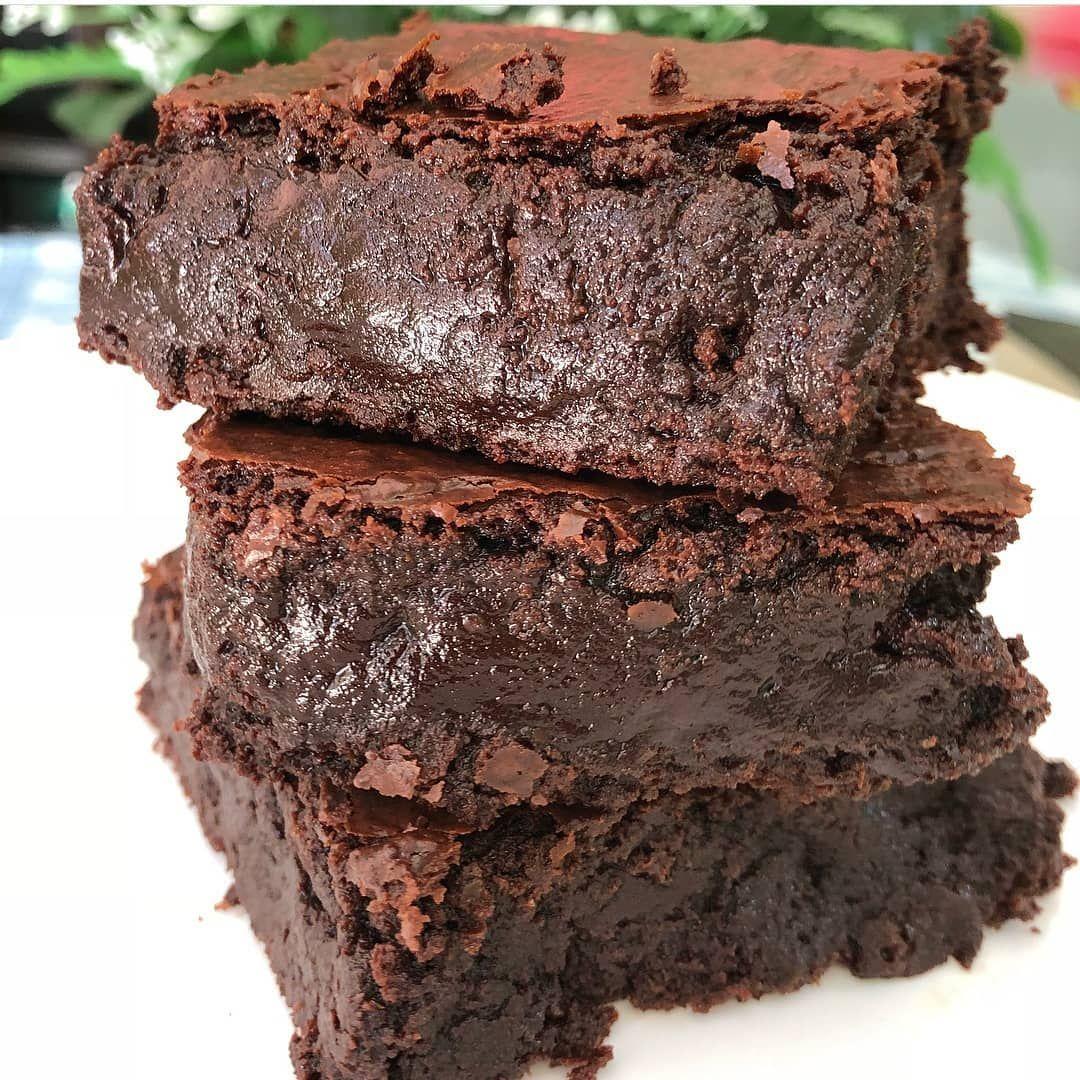 Receta Adictiva On Instagram Brownies Ingredientes Para 10 Brownies Aprox 100g Mantequilla 150g Chocolate Semi Amargo Dessert Lover Desserts Fun Desserts