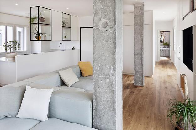 Modern interior design ideas incorporating columns into