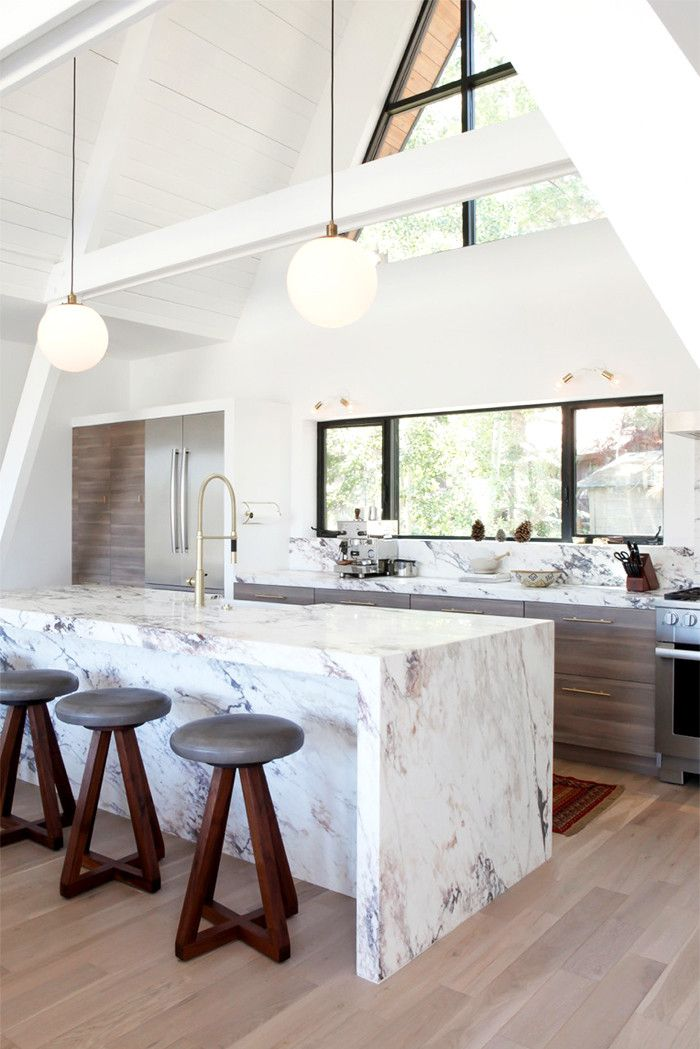 Fyi This Styling Trick Will Instantly Make Your Home Feel Larger Magnificent Marble Kitchen Designs Design Ideas