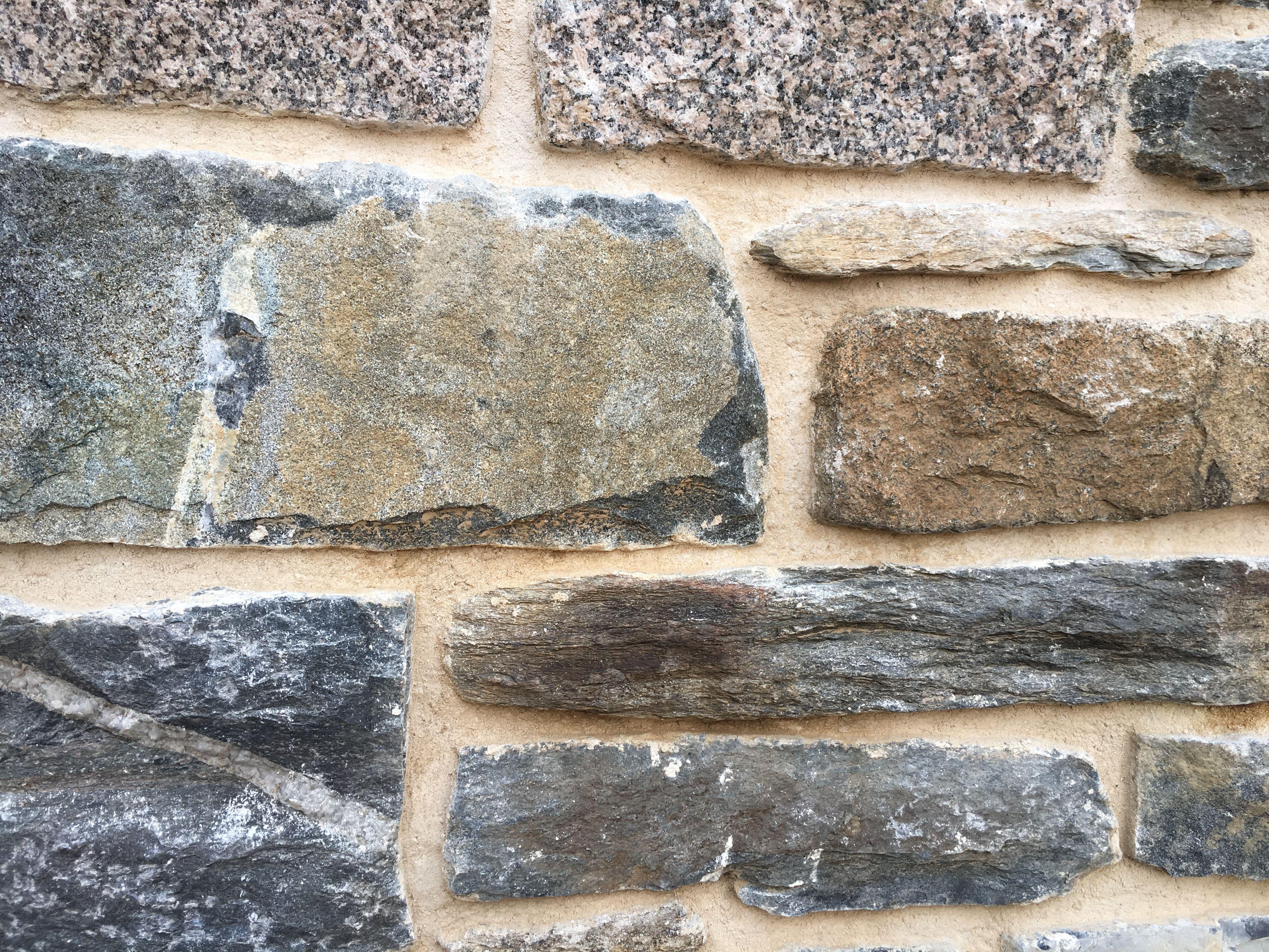 Traditional Stone Masonry In 2020 Stone Masonry Solid Brick Masonry