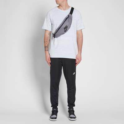 on sale 15089 0890e Nike Heritage Hip Pack