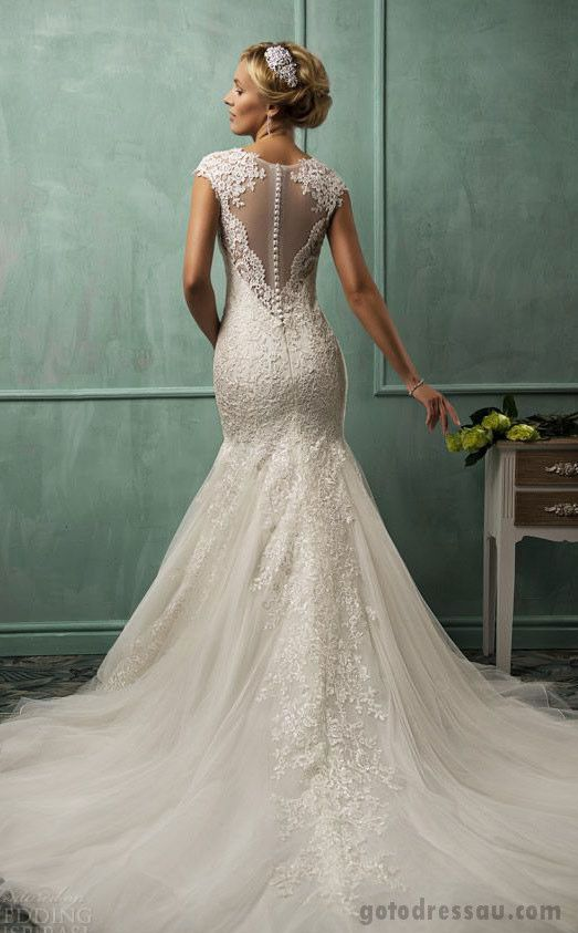How to Choose the Best Wedding Dress Silhouette for You  6c132d2e22