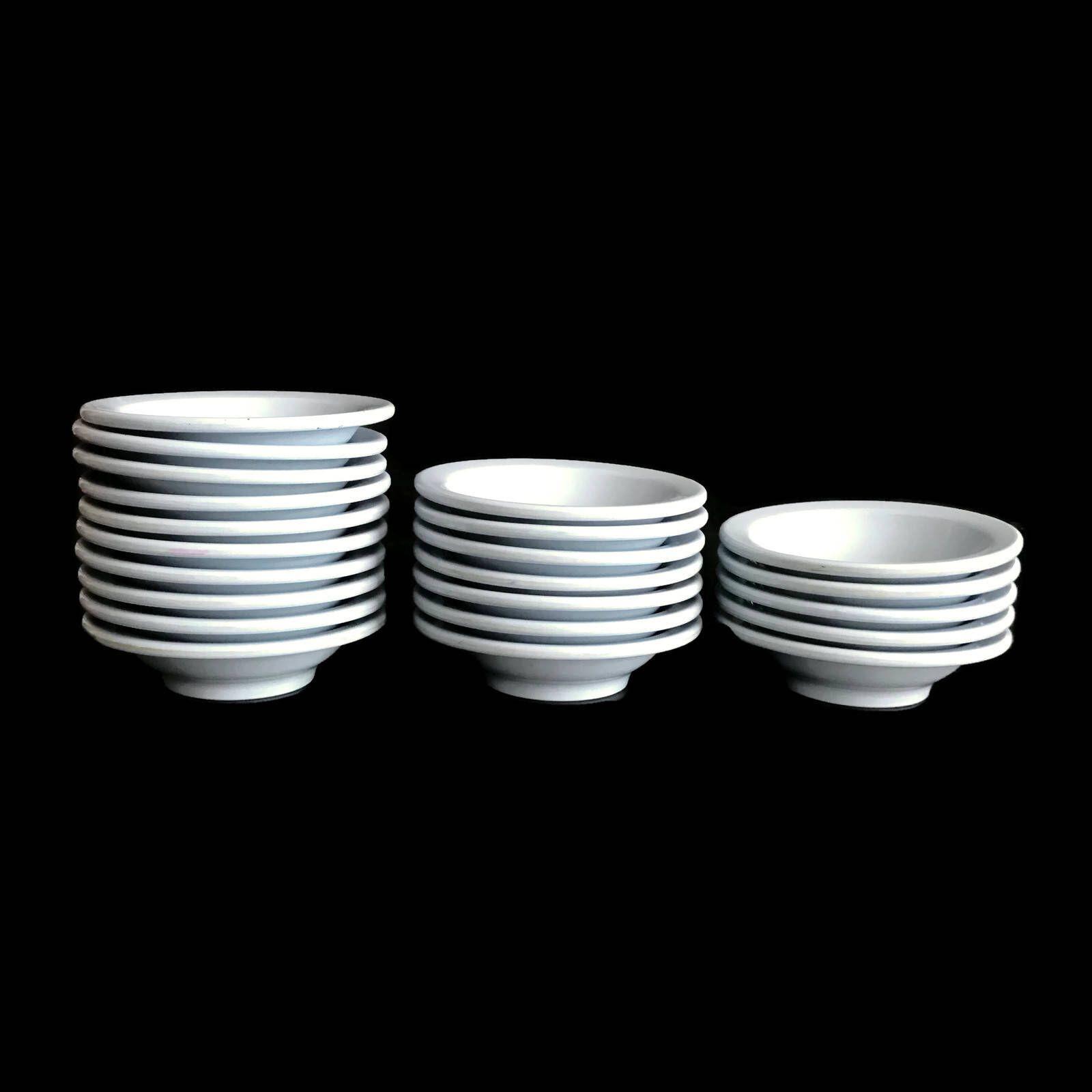 Vintage Boontonware 50s 60s Dinnerware 22 Berry Bowls Melmac Melamine Light Blue Heavy Duty Tableware Plastic  sc 1 st  Pinterest & Vintage Boontonware 50s 60s Dinnerware 22 Berry Bowls Melmac ...