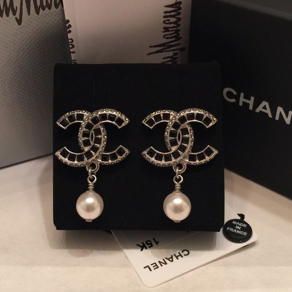 In Box With Str And Black Crystals Palladium Silvertone Pearlie Drop Comes The Neiman Marcus Receipt 15k Collection Chanel Jewelry Earrings