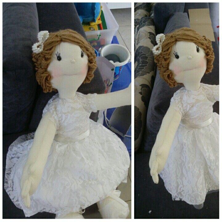 Boneca Mari Dama de Honra
