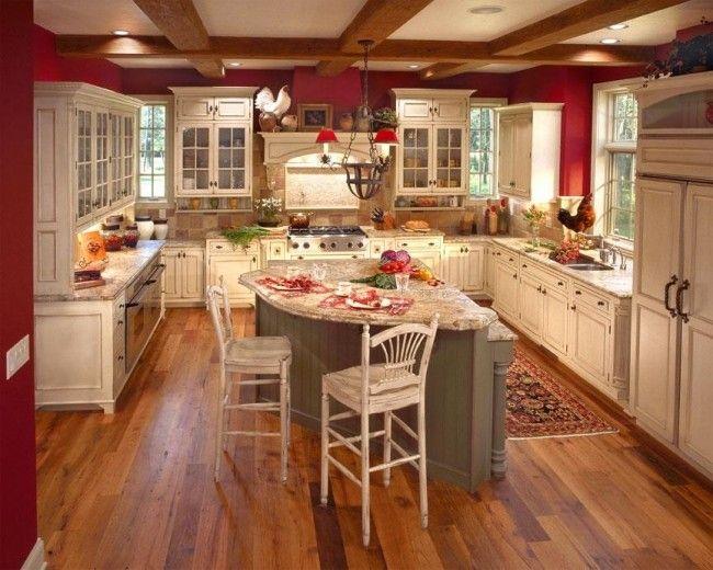 wohnideen landhausküche französisch u-form mit insel rote wände