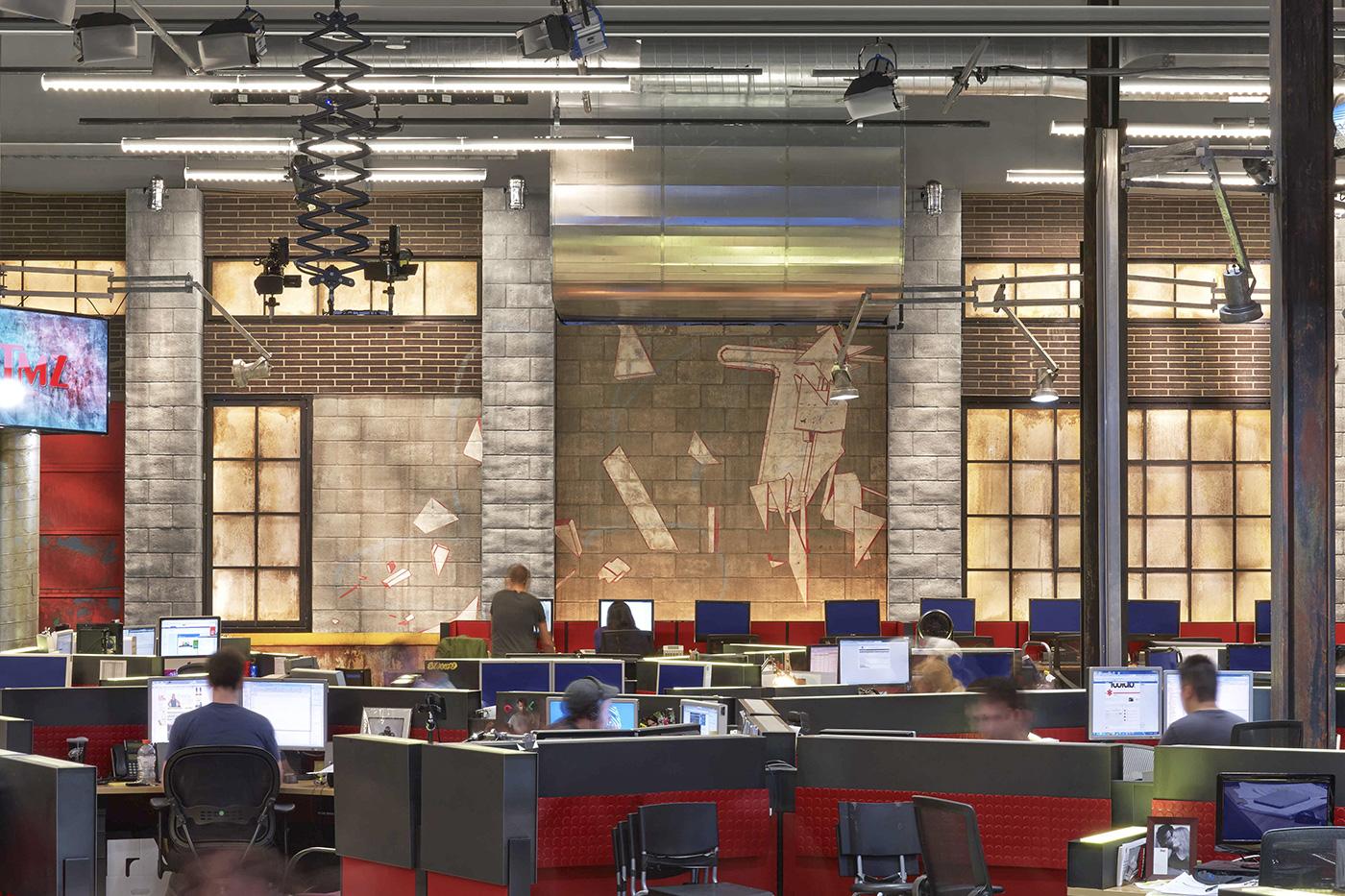 Take A Tour Of Tmz S Stylish Headquarters Tmz Newsroom Studios Los Angeles
