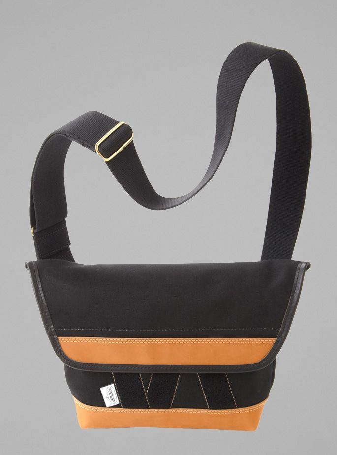 Outdoor Code - Medium Camera Bag