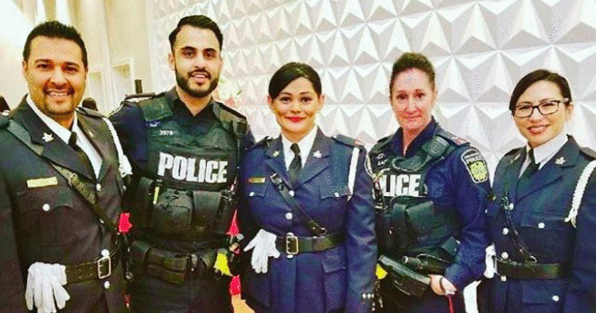 Toronto Police Are Now Hiring Cadets & You Don't Need A