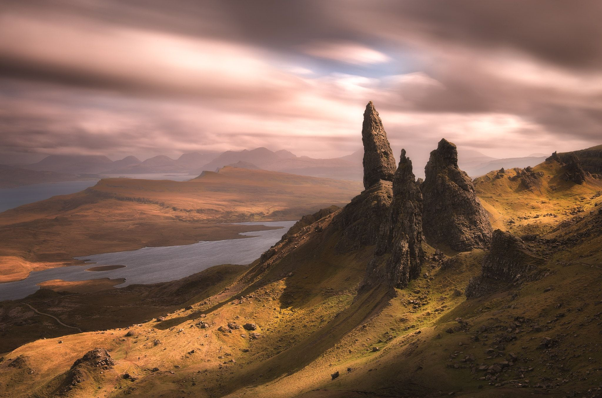 Old Man Of Storr Isle Of Skye I Visited The Isle Of Skye This Week It S Such A Great Place I Processed This Imag Isle Of Skye Cool Landscapes Hdr Photos