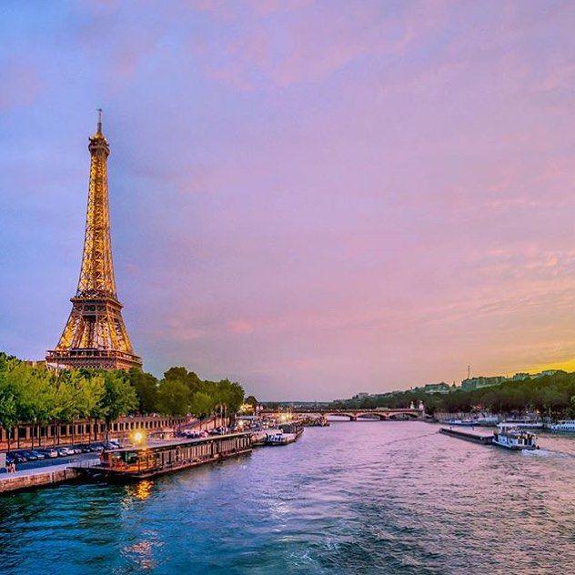 """We find the most wonderful views at sunset in Paris & the most wonderful jewels by going through the photos in the #TopParisPhoto hashtag  oh and please subscribe to our sister account @TopFrancePhoto .  @TopFrancePhoto @TopFrancePhoto @TopFrancePhoto .  La TOP photo de Paris a été prise par @guillaumedgst  Après avoir regardé les photos de Paris c'est cette photo que nous avons préférée. Rendez-vous sur le """"feed"""" à la une pour partager les likes #Paris #TopPhoto .  Pour une chance plus…"""