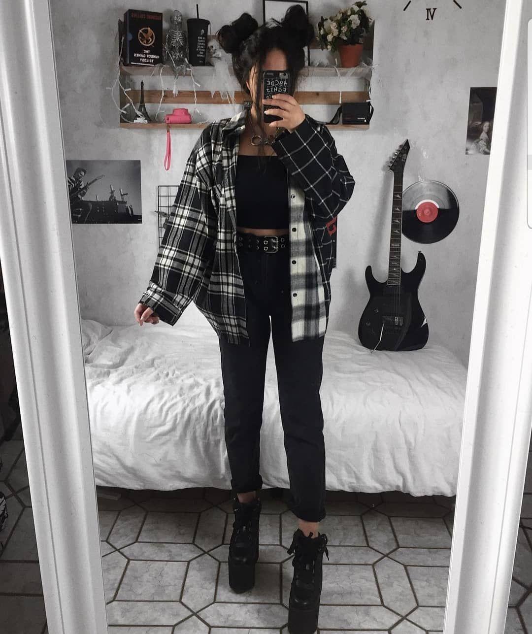 "Rock Style on Instagram: ""1, 2 or 3? Credit: @ramalamax ♡ ♡ ♡ ♡ ♡ ♡ ♡ ♡ ♡ #rock #rockstyle #90sstyle #grungestyle #alternative #vintagefashion #fashion #grunge…"""