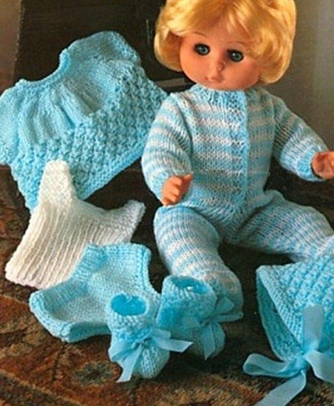 Knitting pattern baby dolls clothes 12-18\