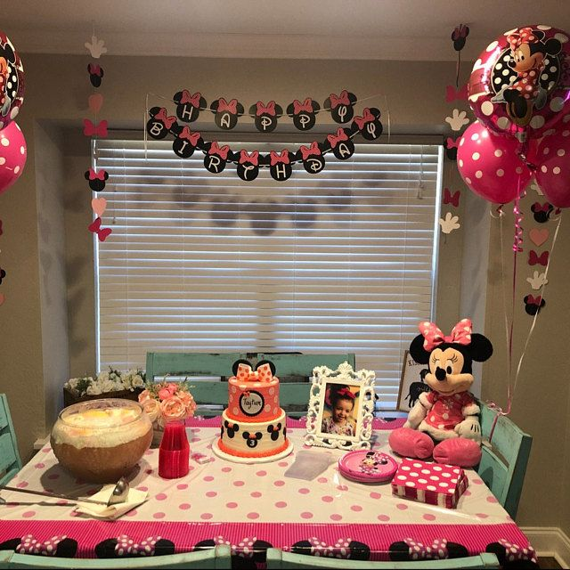 Oh Two Dles Banner Minnie Mouse Theme 2nd Birthday Party Oh Two Dles Party Decorations Birthday Photo Shoot Minnie Oh Two Dles Minnie Mouse Birthday Party Decorations Minnie Mouse Birthday Decorations Mini Mouse Birthday Party Ideas