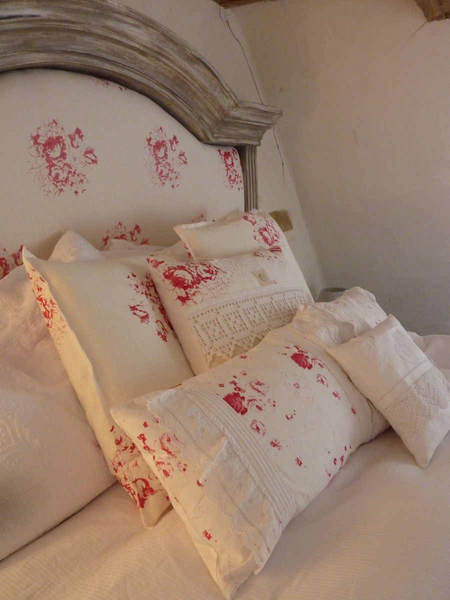 The bed…….No1 French France.   BusyBee